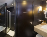 11-family-room-kupaonica-admiral-grand-hotel