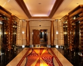33-lifts-and-corridor-in-hotel