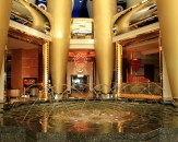 41-lighted-fountain-in-hotel