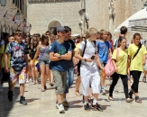 257-tourists-in-dubrovnik
