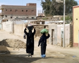 056-local-women-in-egypt