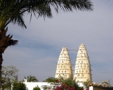 084-dove-towers-in-rural-egypt