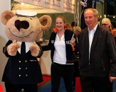 18-buy-and-fly-captain-bear-Ferien-Messe-2013