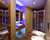20-Granada-Luxury-Resort-bathroom