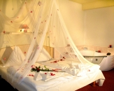 09-romantic-room