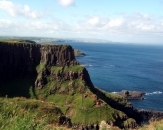 033-giant-causeway-in-northern-ireland-walking-over-the-cliffs