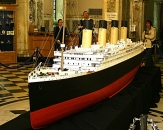 050-titanic-model-city-hall-belfast
