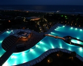 48-pool-in-night