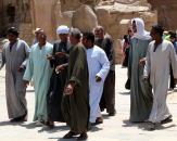 071-group-of-egyptian-men