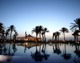 30-swimming-pool-Movenpick-Resort