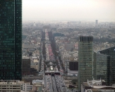 24-Avenue-Charles-de-Gaulle-z-La-Defense-Pariz