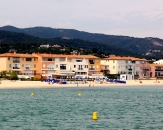 040-plage-Grand-rue-Port-Grimaud