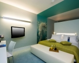 09-room-in-hotel-radisson-blu