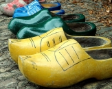 03-Family-of-clogs-in-the-Netherlands