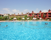 020-Saphir-Hotel-Pool-Turkey