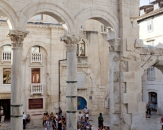 015-Diocletian-palace-Guesthouse-Split