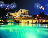 107-Horus-Paradise-Luxury-Resort-Side-Firework